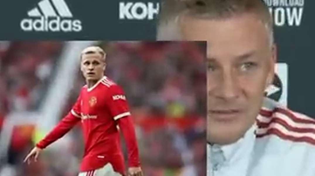 ole replies donny van de beek after angrily throwing his shirt on man united villareal